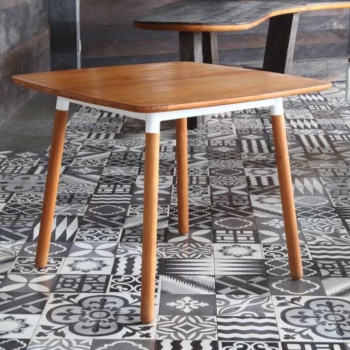las vegas dining table zaira collection. Black Bedroom Furniture Sets. Home Design Ideas